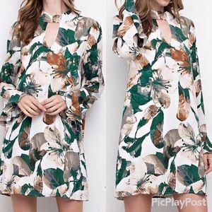 JODIFL FLORAL keyhole mock neck dress sz M